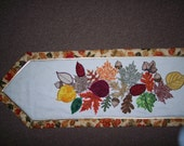 Fall Leaves Tablerunner, Placemats and Napkins set