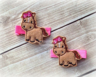 Horse hair clip horse with a Boutique Bow Sprit Farm Embroidered Felt Hair Clippies. Pick one or two. Pick Left side or Right.