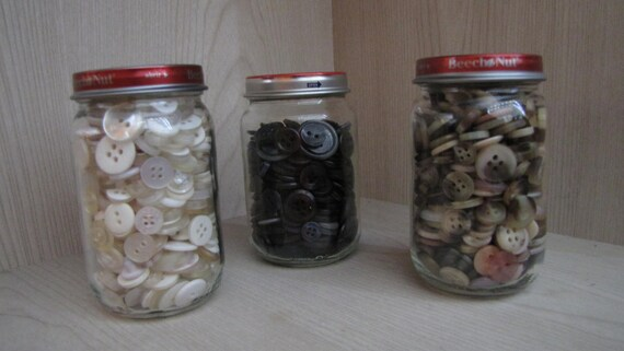 Baby Food Jar of Buttons - Black, Brown or White (specify color)