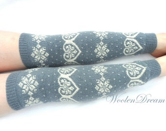 Merino wool Leg Warmers with Hearts pattern,Knitted above the knee extra long leg warmers,Gray white Scandinavian snowflake legs,Gifts idea