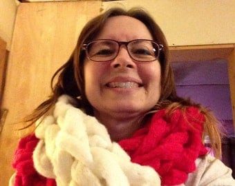 Bulky arm knit Infinity scarf University of Alabama colors