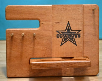 PERSONALIZED Dallas Cowboys Engraved Logo, Gifts for Men, Fathers Day Gift, iPhone Docking Station  iPhone Dock, Christmas Gift For Him