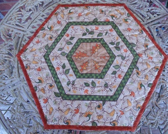 Reversible Fall Leaves Hexagonal Table Topper