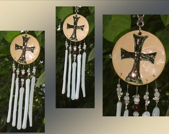 Templar Cross Glass Wind Chime Silver Ceramic Fused Glass Garden Decor Stained Glass Window Suncatcher Hanging Mobile Pottery
