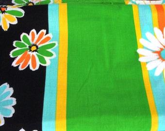 Vintage Border Print Fabric - 1960's Border Print Fabric - Flower Border Fabric - Retro Fabric - New Old Stock