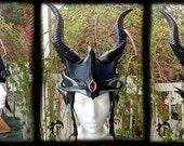 Deep Sea Crown, mermaid, sea creature, armor, armure, leather, cuir, larp, larping, costume, fantasy,
