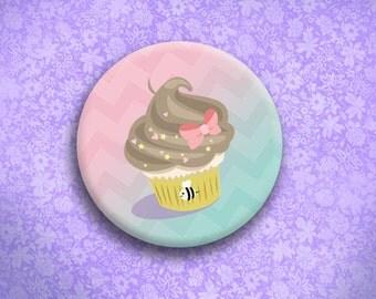 Bee Cupcake Button