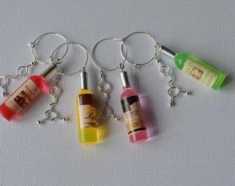Biolojewelry - Set of 4 Resveratrol and Wine Bottle Wine Glass Charms