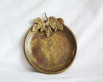 Brass ring dish with cast grapevine & grape cluster ornament. Leaf handle. Leaves, vine, trinket tray, Rustic home decor, winery, vineyard