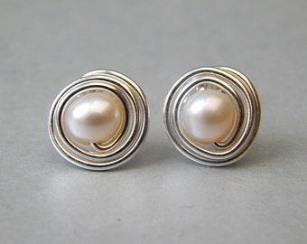 Pearl Stud Earrings, Freshwater Pearl Post Earrings/ Sterling Silver Pearl Earrings/ Bridesmaids Gifts/Gift Ideas