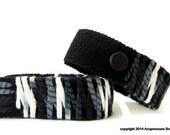 Motion Sickness Bracelets for all symptoms of nausea, sea sickness, vertigo, stomach aches. Adjustable and Comfortable. B/W