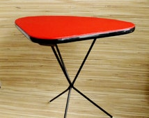 Coffee Table - Red Side Table - Mid Century Modern - Tripod - Iron - Atomic - Plant stand - Vintage - Flower Table - French 1950s 1960s