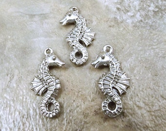 Set of 3 Pewter Seahorse Charms - 5435