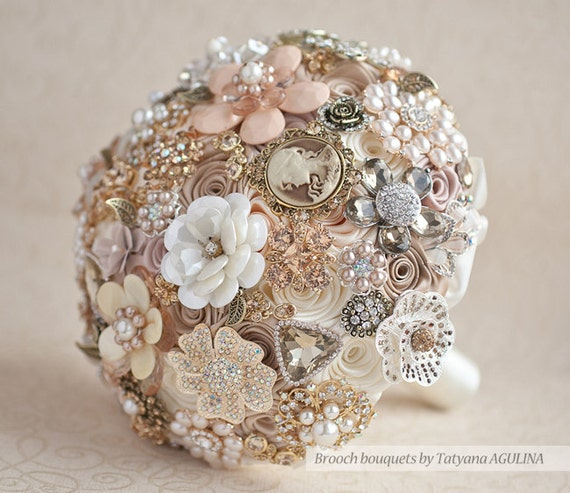 Champagne wedding brooch bouquet