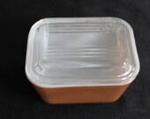 vintage small brown pyrex Refrigerator dish