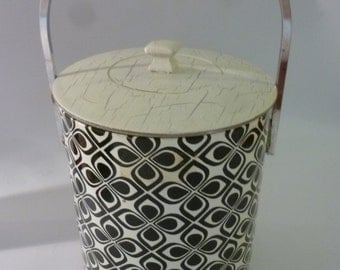 Mod Ice Bucket Black and White Op Art Design With Chrome Handle 1970's