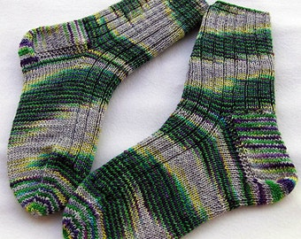 Hand Knit Socks  for Women UK 5-7, US 7-9  Piratenwolle handdyed  Nr.18