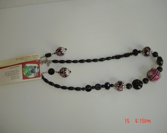 Hot Pink and Black Necklace Set