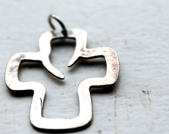sterling silver cross pendant-