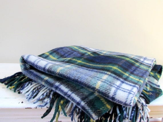 Vintage scottish wool throw blanket by comfydown in emerald - Emerald green throw blanket ...