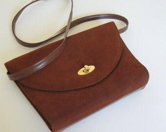 1960s-70s vintage snap strap brown suede/vinyl cross-body/shoulder bag