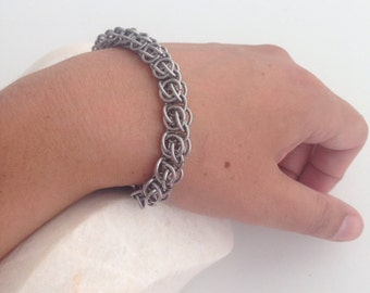 Chainmaille bracelet in stainless steel
