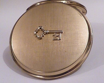 21st birthday gift Stratton compact vintage key to the door gifts 21st birthday presents