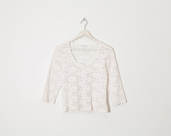 on sale - white floral mesh top / stretchy 3/4 sleeve top / size M