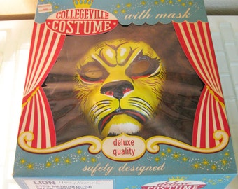 1960s Lion Halloween Mask with Mane - Collegeville Costume
