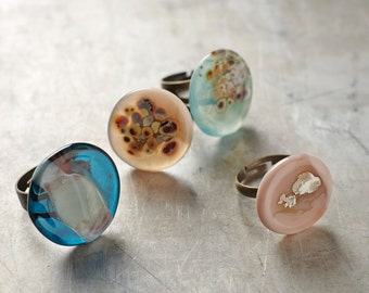 Flameworked glass adjustable ring