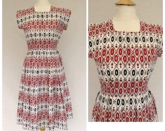1950s Novelty Print Day Dress, Summer , Petite , UK size 8, US size 6.