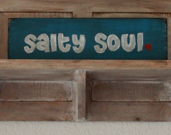 beach wooden sign, wall decor, salty soul sign, beach decor, beach lover gift, beach house decor