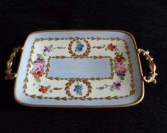 Limoges Dresser Dish, Limoges Vide-Poches, By Singer of Limoges Hand Painted, Signed by The Artist circa 1930