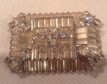 Vintage warner clear rhinestone brooch