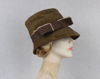 Beige Suede Cloche Hat - Vintage 1960s Bucket Hat - Brown Womens Hat
