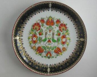 STEINBOECK enamel Handmade in Austria. Enamel plate / bowl. Flowers and birds. Diameter 20 cm. VINTAGE