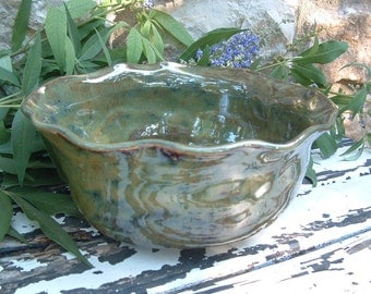 Wavy stoneware serving bowl