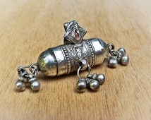 Pendant - old indian pendant - old amulet - ethnic jewelry - Rajasthan jewelry indian amulet ethnic adornment indian tribal jewelry
