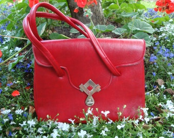 Pillarbox Red vintage 70's handbag