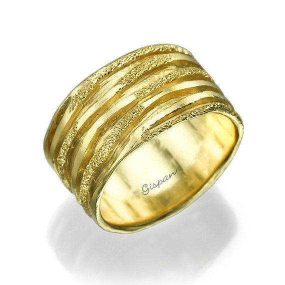 Unique Wedding Ring 14k Yellow Gold Glitter Ring By Gispandiamonds