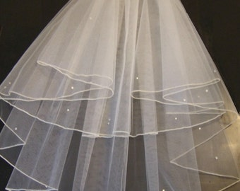 "2 Tier Elbow Length Veil- 20"".25"". PENCIL EDGE Veil. Bridal Veil,WeddingVeil ,Hen night veil, Holy communion Veil with detachable comb"