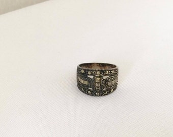 Vintage Sterling Silver Marcasite Band Ring Size 8
