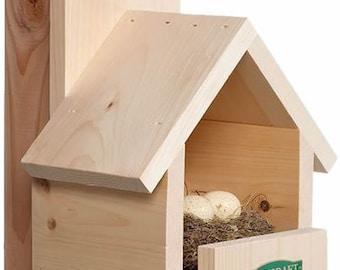 Duncraft Cardinal Bird House