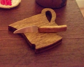 Handmade Knife with a cup shaped cutting board  1/12 Scale 17066