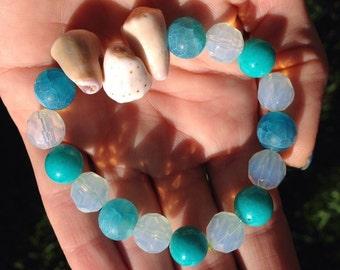 Handmade healing gemstone & Hawaiian cone shell bracelet