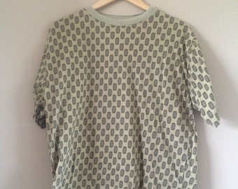 VINTAGE yellow 90s patterned t-shirt