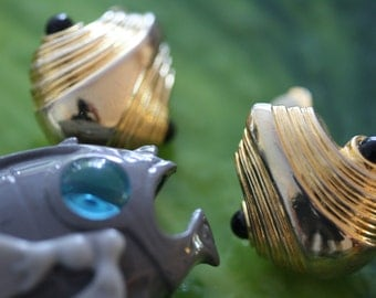 Vintage Paolo Gucci Mollusk Clip-on Earrings