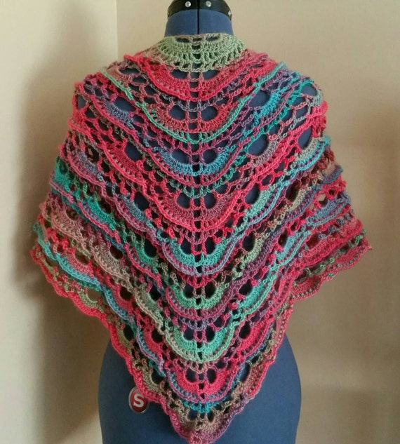 SALECrochet Yes Yes Shawl in Parrot