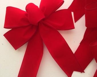 Christmas Red Velvet Bows / Bright Red Decorative Bows ( set of 6 ) Christmas Tree Bows / Classic Red Velvet Xmas Tree Bows /  Set of Bows