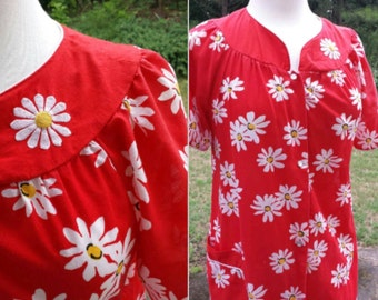 Vintage red housecoat dress with daisies